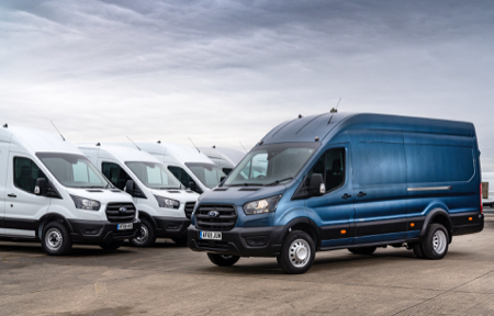 3--Ford-s-own-Transit-fleet-has-been-redeployed-to-assist-organisations-across-the-UK--copy.jpg
