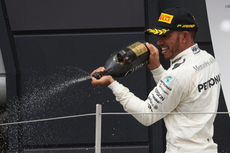 British-GP-3-Champagne.jpg