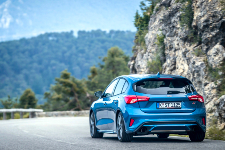 Ford-Focus-ST-7a-copy-2.jpg