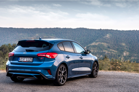 Ford-Focus-ST-9a-copy-2.jpg