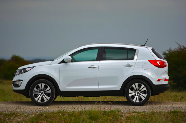 kia sportage 1 7 crdi 3 sat nav scotcars. Black Bedroom Furniture Sets. Home Design Ideas